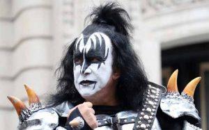 Gene Simmons Vokalis Band Rock Legendaris Kiss